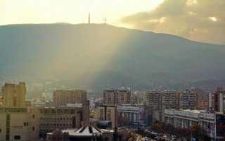 Скопье сердце македонии в окружении гор