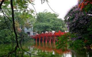 Озеро возвращенного меча вьетнам ханой