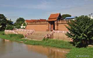 Лампхун город около чиангмая или путешествие в прошлое